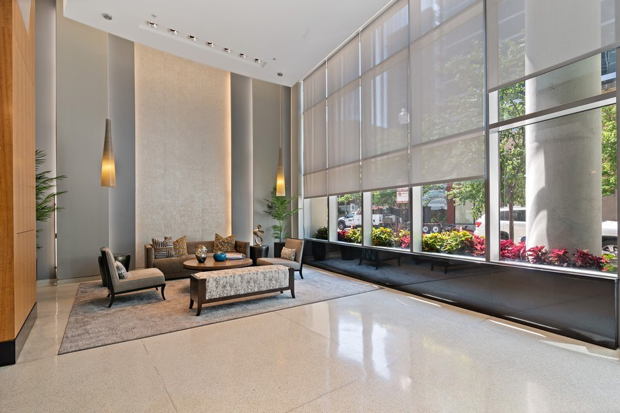 Real Estate Photography - 100 E 14th St, 2904, Chicago, IL, 60605 - Lobby