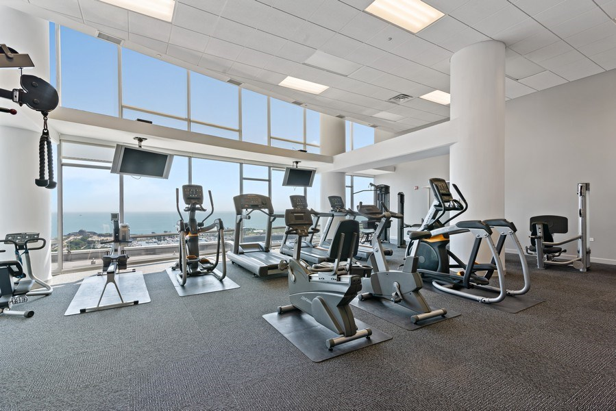 Real Estate Photography - 100 E 14th St, 2904, Chicago, IL, 60605 - Fitness Center