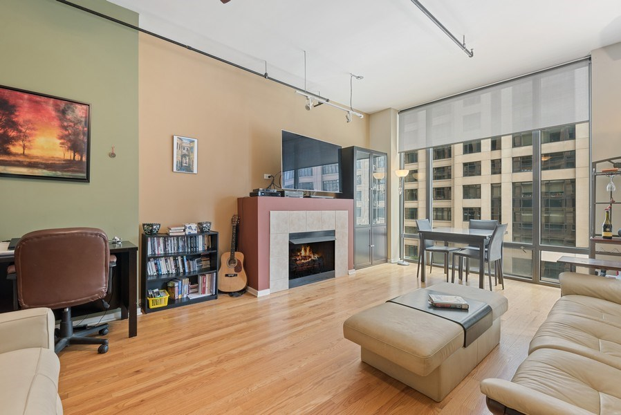 Real Estate Photography - 520 S State, Apt 602, Chicago, IL, 60605 - Living Room