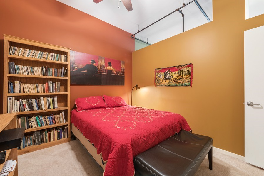 Real Estate Photography - 520 S State, Apt 602, Chicago, IL, 60605 - 2nd Bedroom