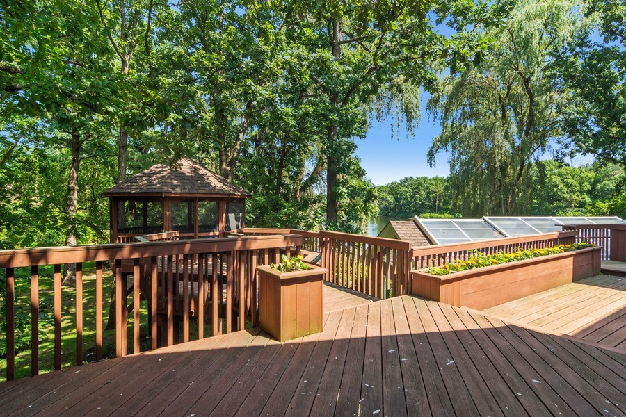 Real Estate Photography - 22356 Timberlea, Kildeer, IL, 60047 - Deck