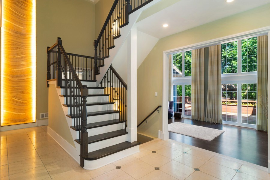 Real Estate Photography - 22356 Timberlea, Kildeer, IL, 60047 - Entryway