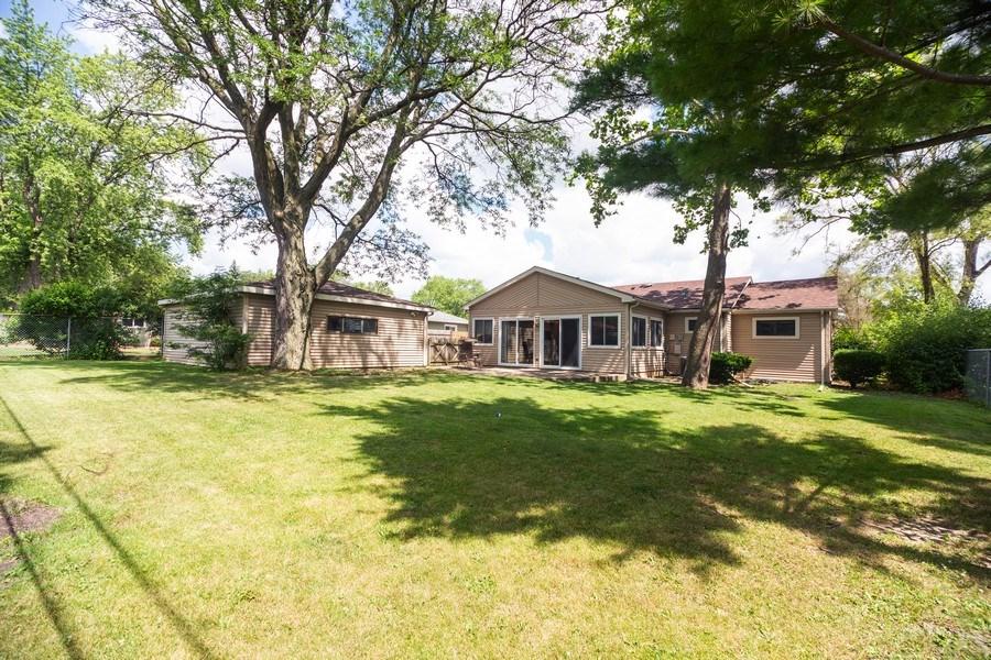 Real Estate Photography - 385 Alpine Ln, Hoffman Estates, IL, 60169 - Back Yard