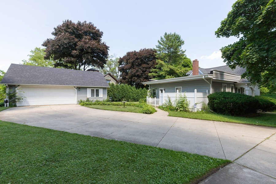 Real Estate Photography - 500 1st St, Waukegan, IL, 60085 - Side View