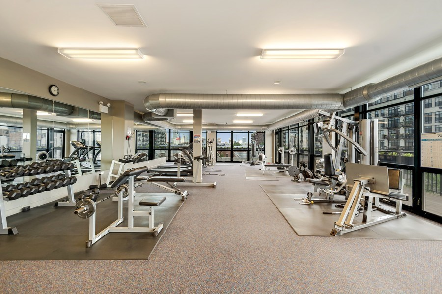 Real Estate Photography - 1001 W 15th St, Unit 131, Chicago, IL, 60608 - Exercise Room