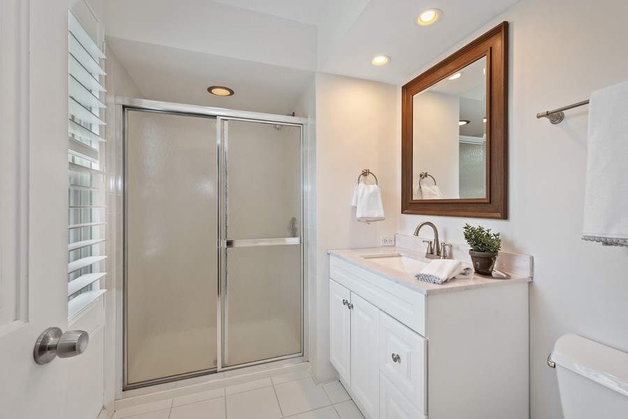 Real Estate Photography - 86 Flint Dr, Lake Barrington, IL, 60010 - Master Bathroom