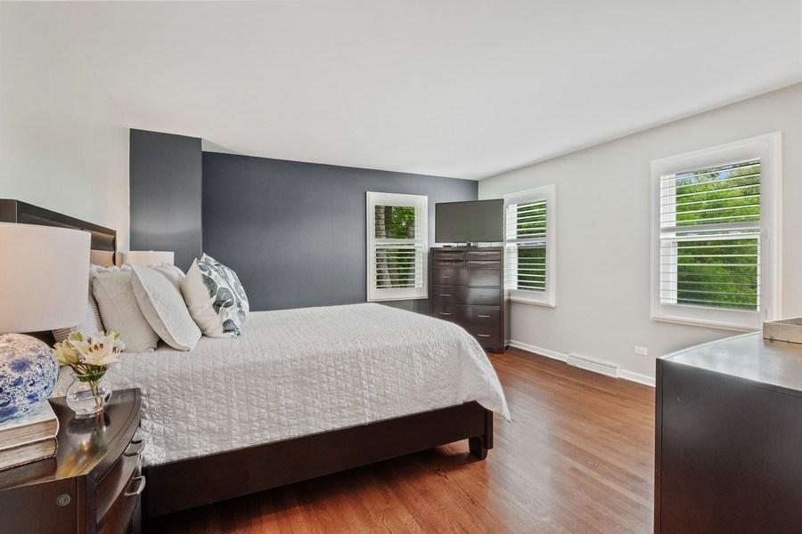Real Estate Photography - 86 Flint Dr, Lake Barrington, IL, 60010 - Master Bedroom