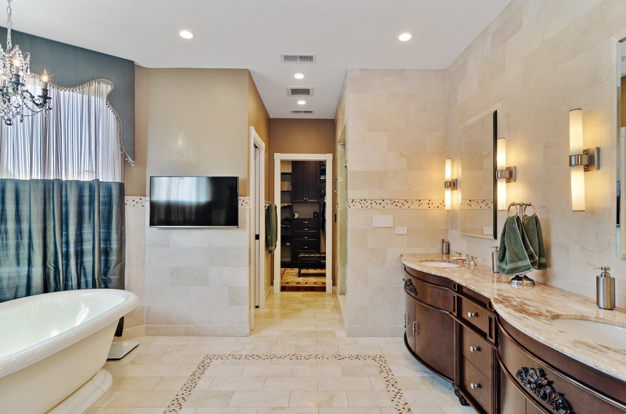 Real Estate Photography - 2632 Burling, Chicago, IL, 60614 - Master Bathroom
