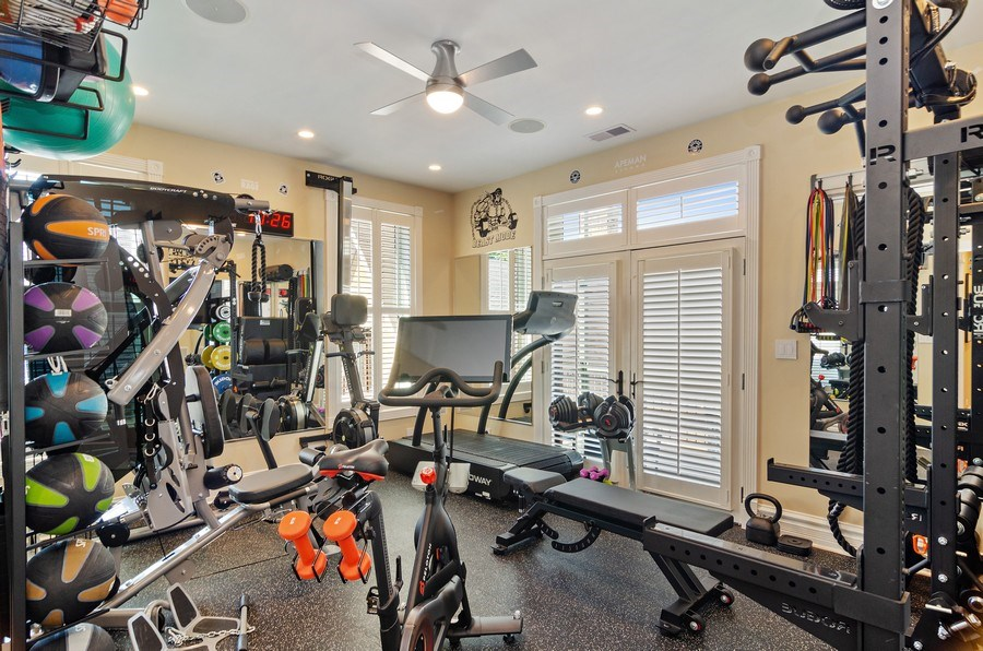 Real Estate Photography - 2632 Burling, Chicago, IL, 60614 - Exercise Room