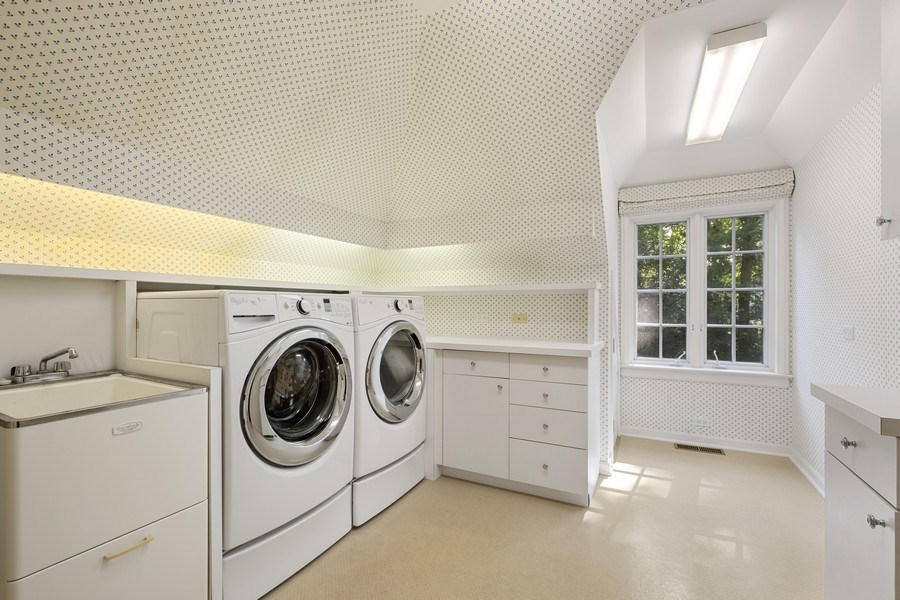 Real Estate Photography - 12 Kent Rd, Winnetka, IL, 60093 - Laundry Room