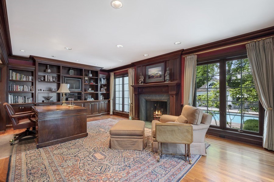 Real Estate Photography - 12 Kent Rd, Winnetka, IL, 60093 - Office