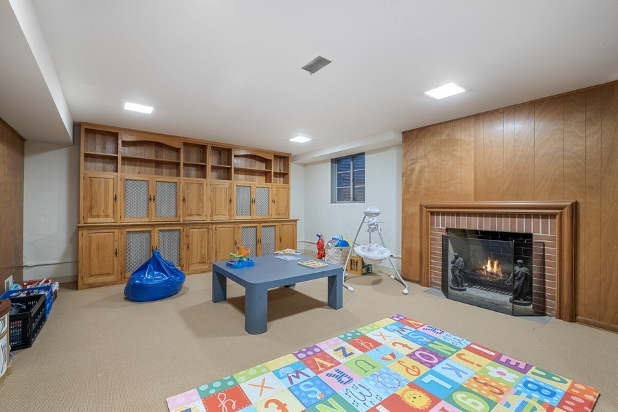 Real Estate Photography - 12 Kent Rd, Winnetka, IL, 60093 - Play / Recreational Room