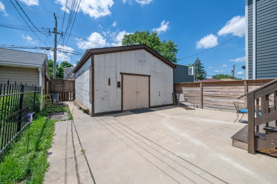 Real Estate Photography - 3614 N. Richmond, Chicago, IL, 60618 - Garage