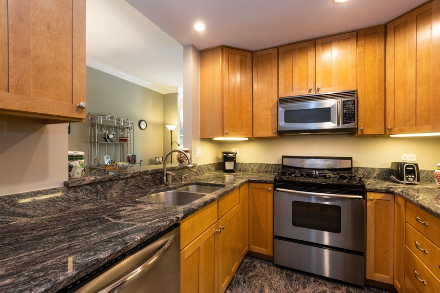 Real Estate Photography - 1500 N LaSalle, Apartment 2B, Chicago, IL, 60610 - Kitchen
