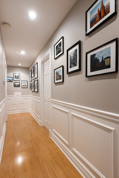Real Estate Photography - 1500 N LaSalle, Apartment 2B, Chicago, IL, 60610 - Hallway