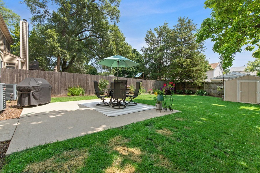 Real Estate Photography - 21391 W Willow Road, Lake Zurich, IL, 60047 - Back Yard