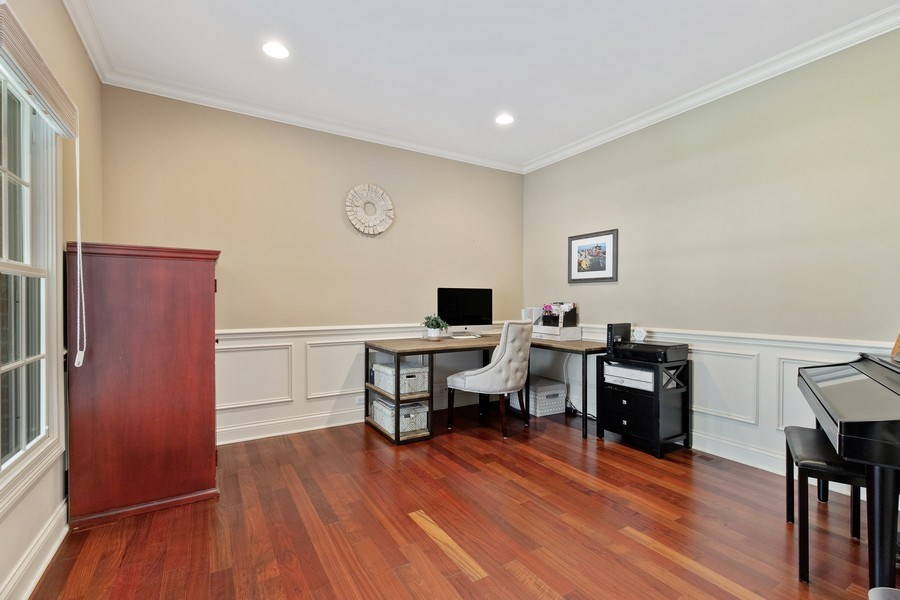 Real Estate Photography - 21391 W Willow Road, Lake Zurich, IL, 60047 - Office