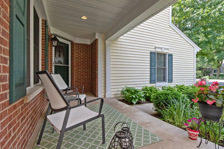 Real Estate Photography - 21391 W Willow Road, Lake Zurich, IL, 60047 - Porch