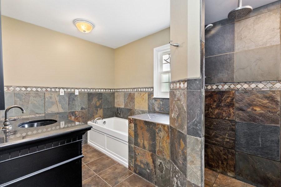 Real Estate Photography - 120 S Deerpath Rd, Barrington, IL, 60010 - Master Bathroom
