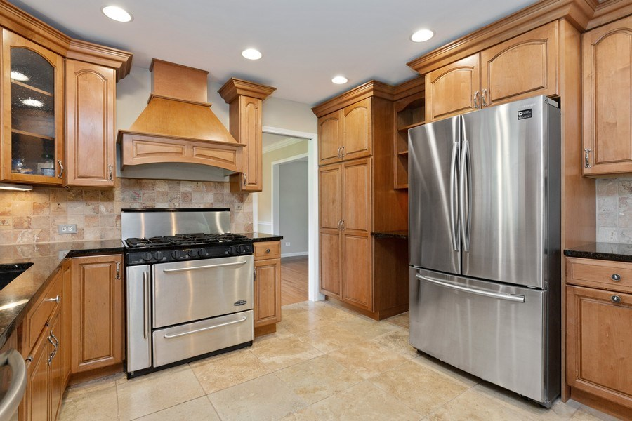 Real Estate Photography - 120 S Deerpath Rd, Barrington, IL, 60010 - Kitchen