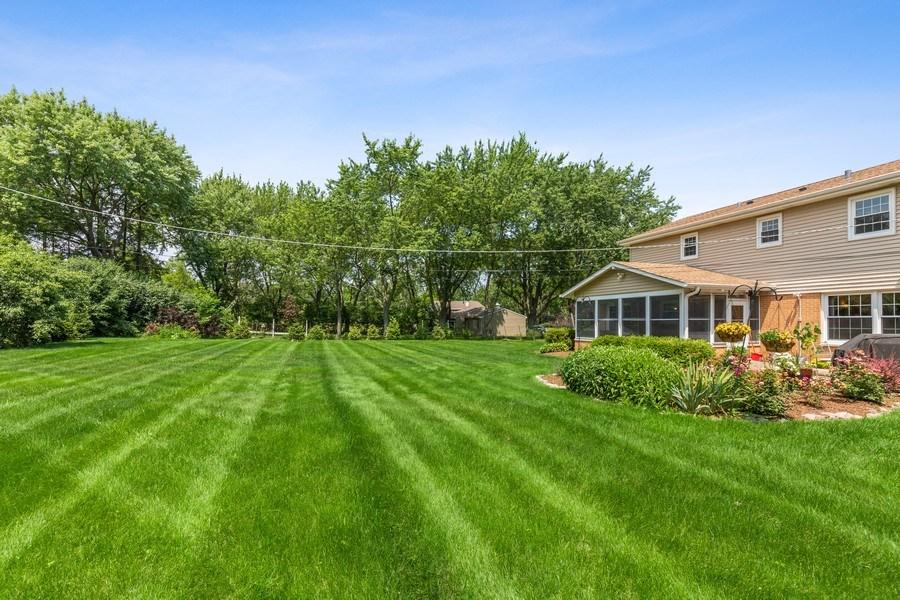 Real Estate Photography - 120 S Deerpath Rd, Barrington, IL, 60010 - Back Yard