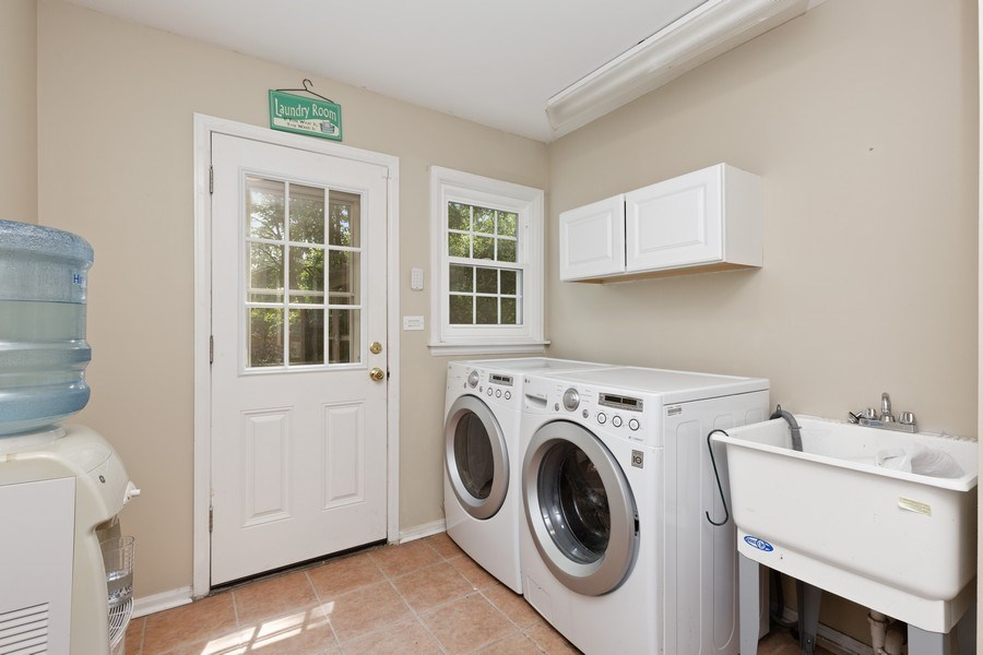 Real Estate Photography - 120 S Deerpath Rd, Barrington, IL, 60010 - Laundry Room