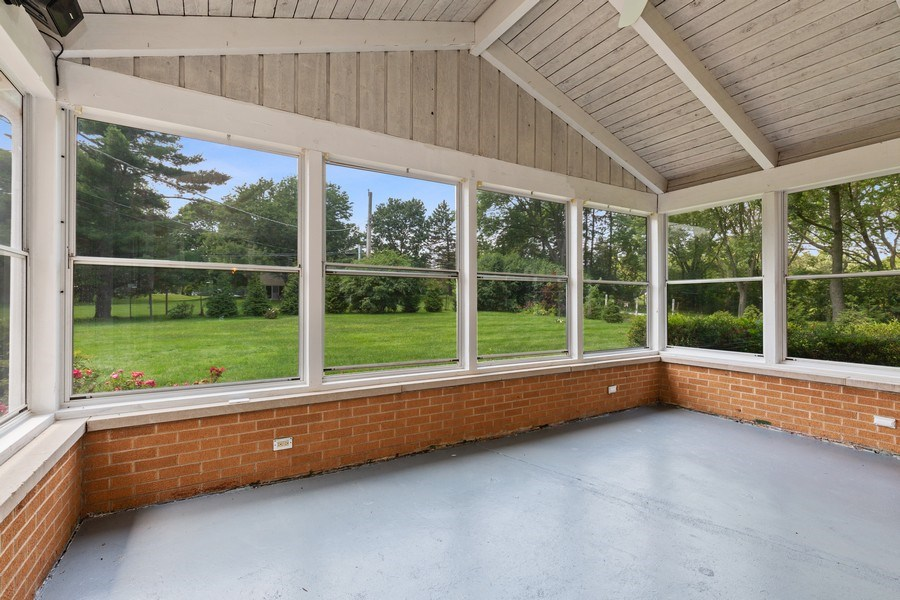 Real Estate Photography - 120 S Deerpath Rd, Barrington, IL, 60010 - Porch