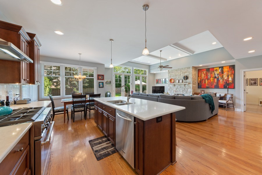 Real Estate Photography - 1211 N Race, Arlington Heights, IL, 60004 - Kitchen / Breakfast Room