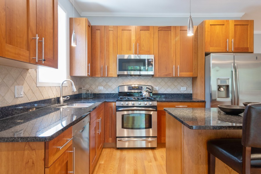 Real Estate Photography - 7300 N Hamilton 1S, Chicago, IL, 60645 - Kitchen