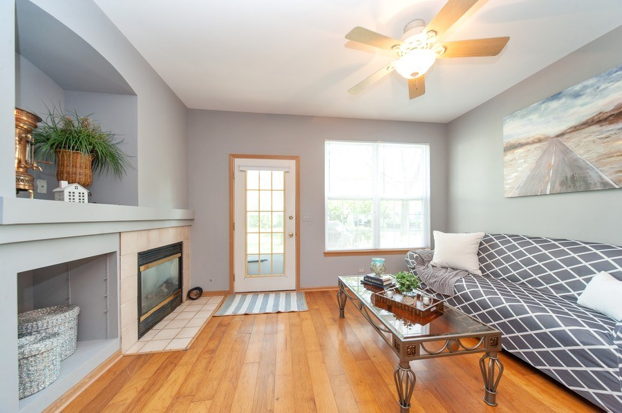 Real Estate Photography - 649 Shakespeare Drive, Grayslake, IL, 60030 - Family Room