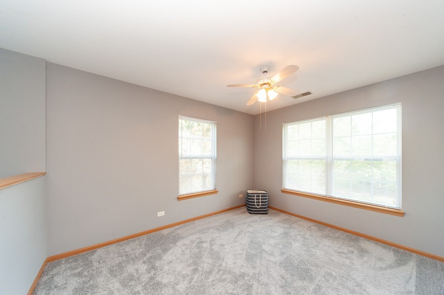 Real Estate Photography - 649 Shakespeare Drive, Grayslake, IL, 60030 - Loft