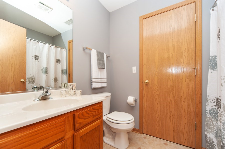 Real Estate Photography - 649 Shakespeare Drive, Grayslake, IL, 60030 - 2nd Bathroom
