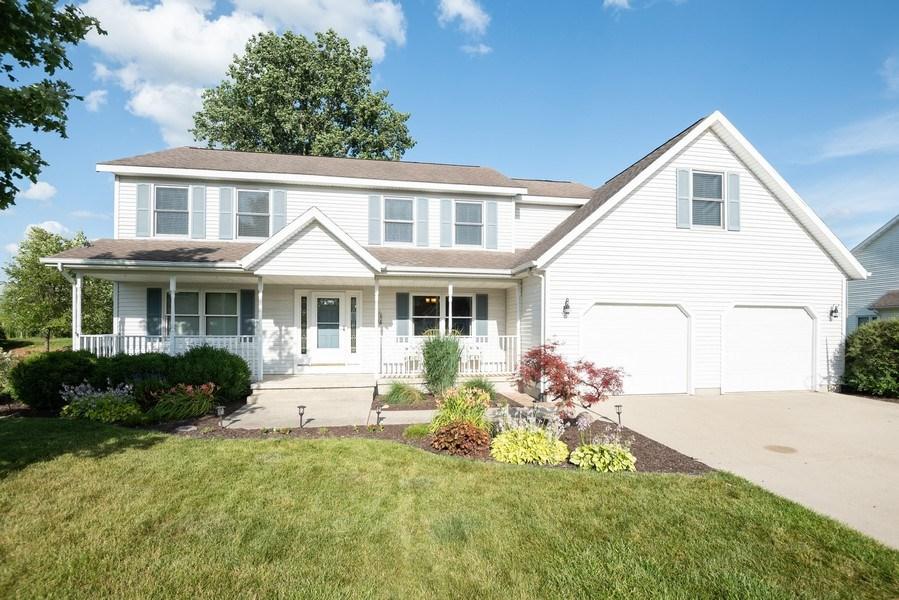 Real Estate Photography - 3947 Kristine St., St. Joseph, MI, 49085 - Front View