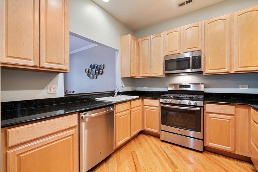 Real Estate Photography - 1047 W. Belmont, #3R, Chicago, IL, 60657 - Kitchen