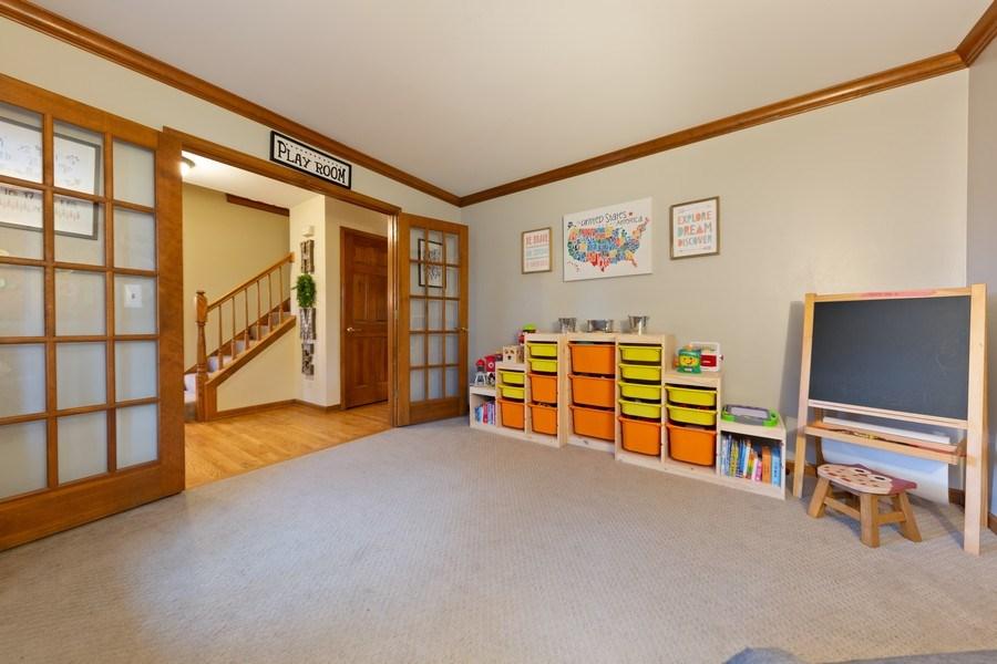 Real Estate Photography - 68 Breckenridge Dr., Aurora, IL, 60504 -