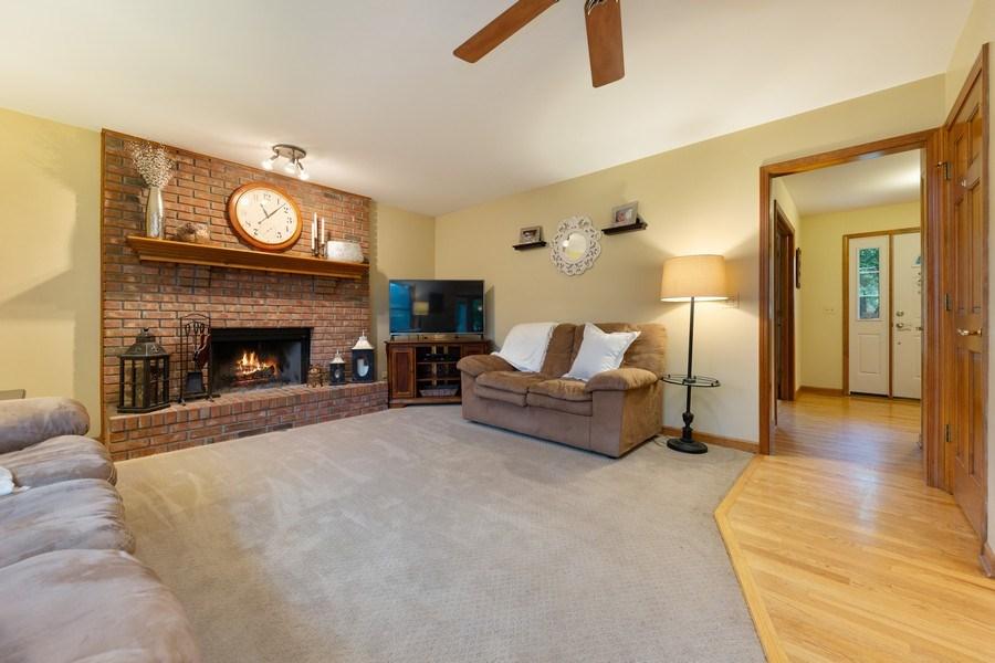 Real Estate Photography - 68 Breckenridge Dr., Aurora, IL, 60504 - Family Room