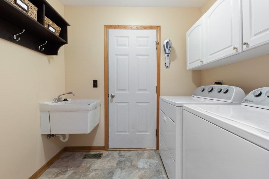 Real Estate Photography - 68 Breckenridge Dr., Aurora, IL, 60504 - Laundry Room