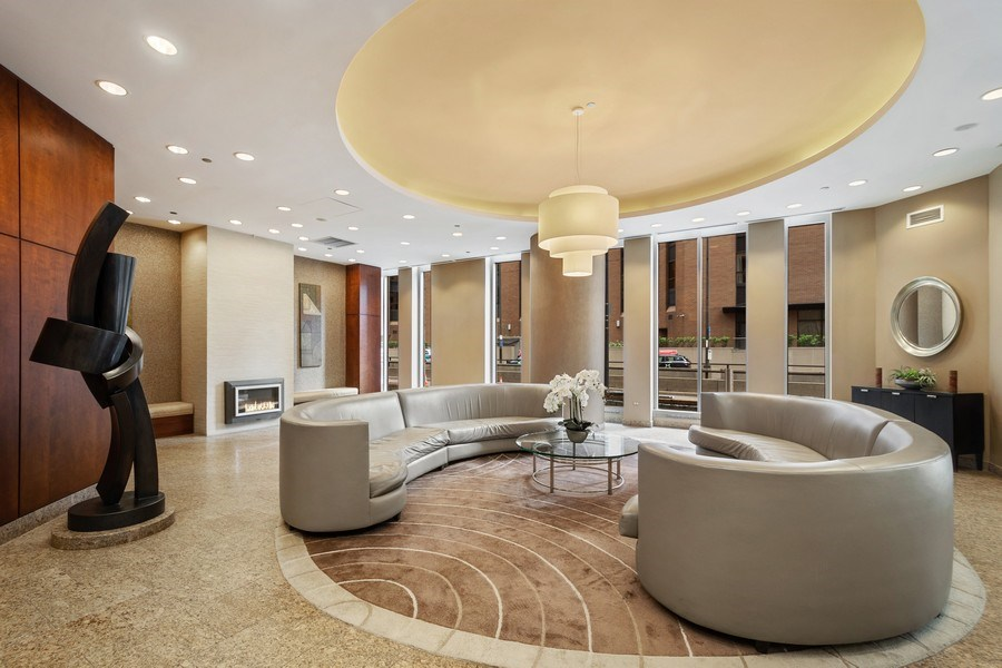 Real Estate Photography - 222 N Columbus Dr, #604, Chicago, IL, 60601 - Lobby
