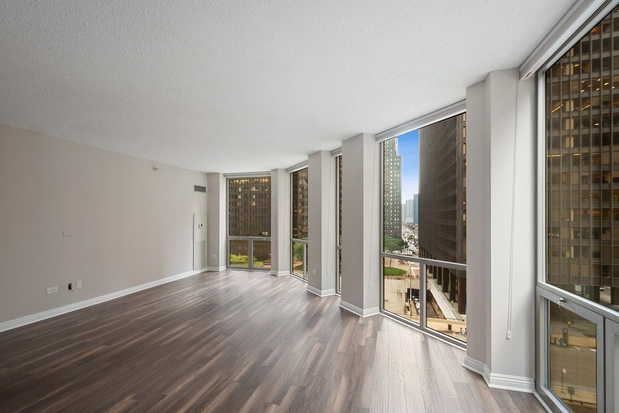 Real Estate Photography - 222 N Columbus Dr, #604, Chicago, IL, 60601 - Living Room