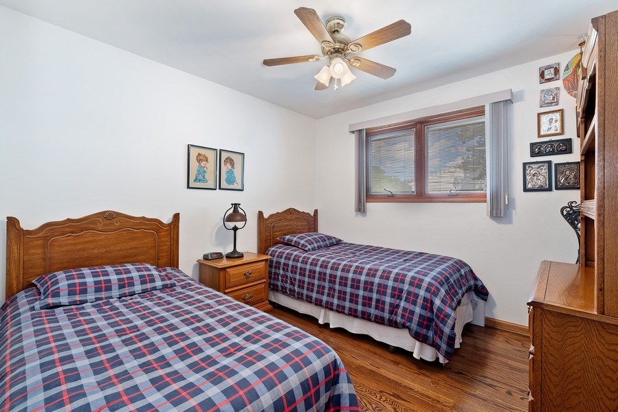 Real Estate Photography - 1205 Longmeadow, Glenview, IL, 60025 - 2nd Bedroom