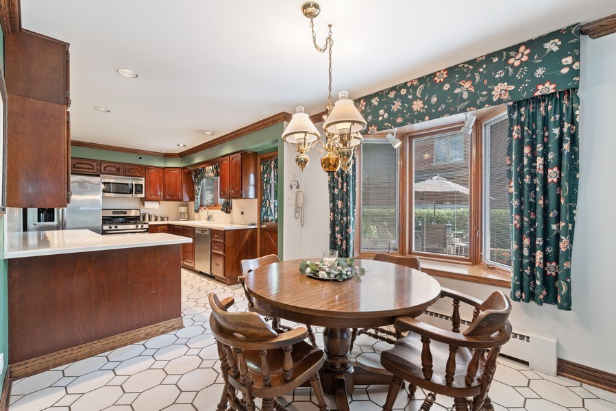 Real Estate Photography - 1205 Longmeadow, Glenview, IL, 60025 - Kitchen