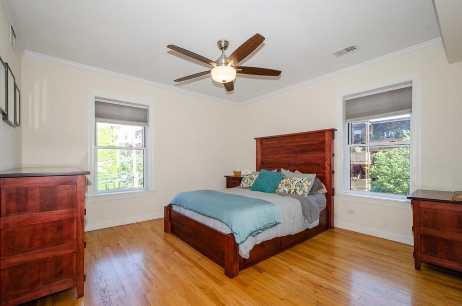 Real Estate Photography - 811 Hinman, 2E, Evanston, IL, 60202 - Master Bedroom