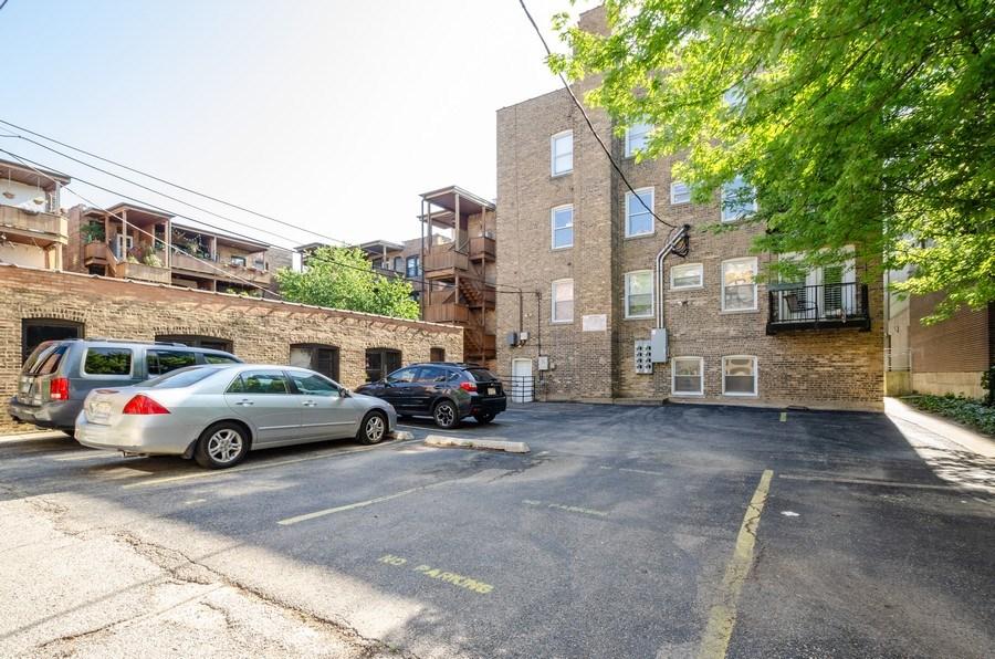 Real Estate Photography - 811 Hinman, 2E, Evanston, IL, 60202 - Rear View