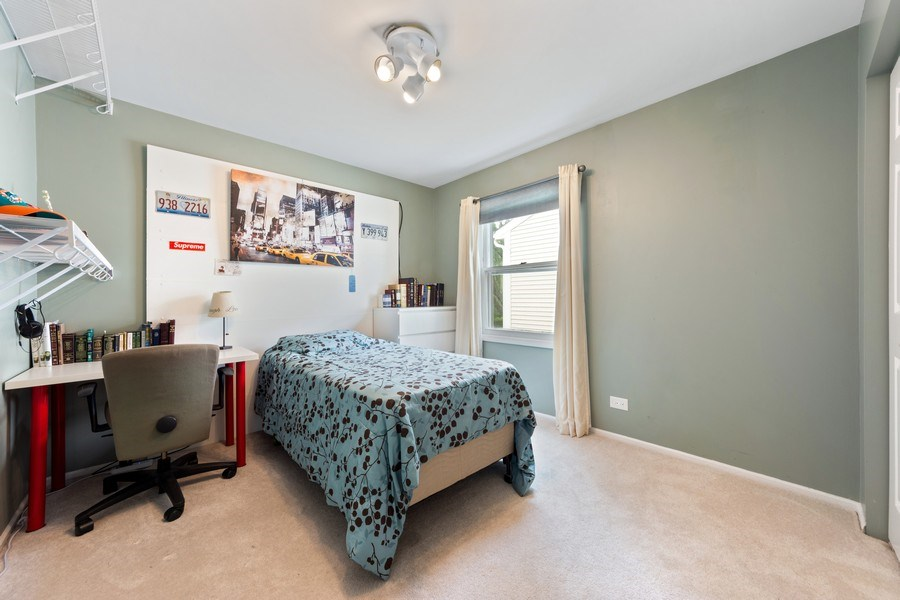 Real Estate Photography - 884 Knollwood, Buffalo Grove, IL, 60089 - 4th Bedroom