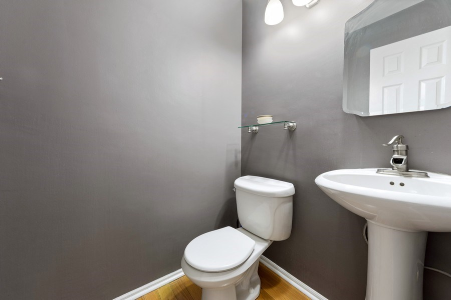 Real Estate Photography - 884 Knollwood, Buffalo Grove, IL, 60089 - Powder Room