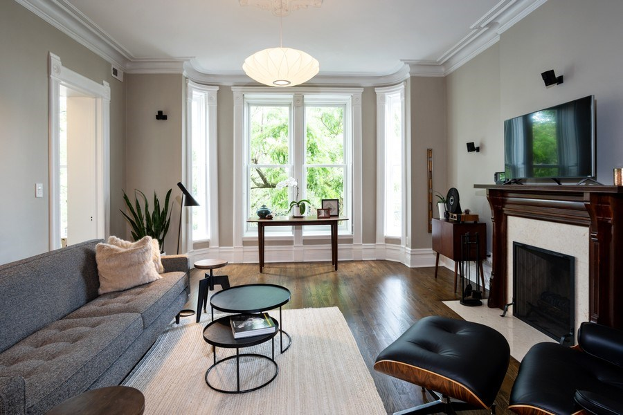 Real Estate Photography - 1965 N Lincoln, Unit 2, Chicago, IL, 60614 - Living Room
