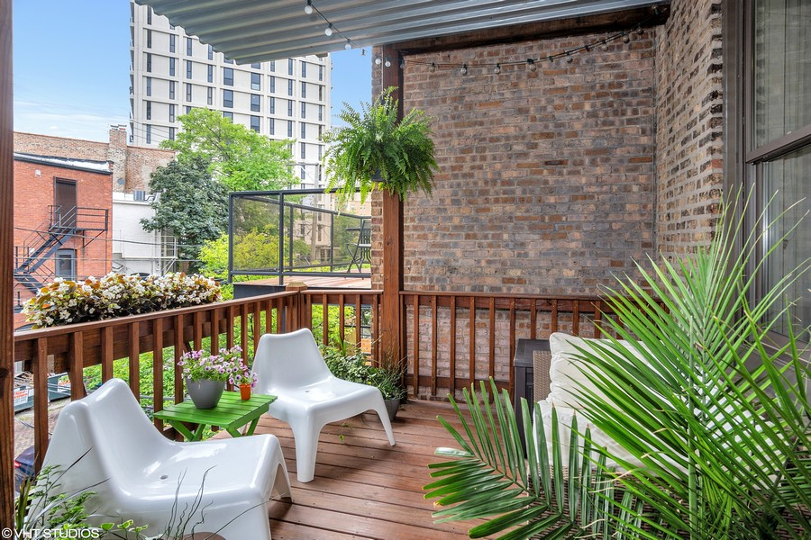 Real Estate Photography - 1965 N Lincoln, Unit 2, Chicago, IL, 60614 -