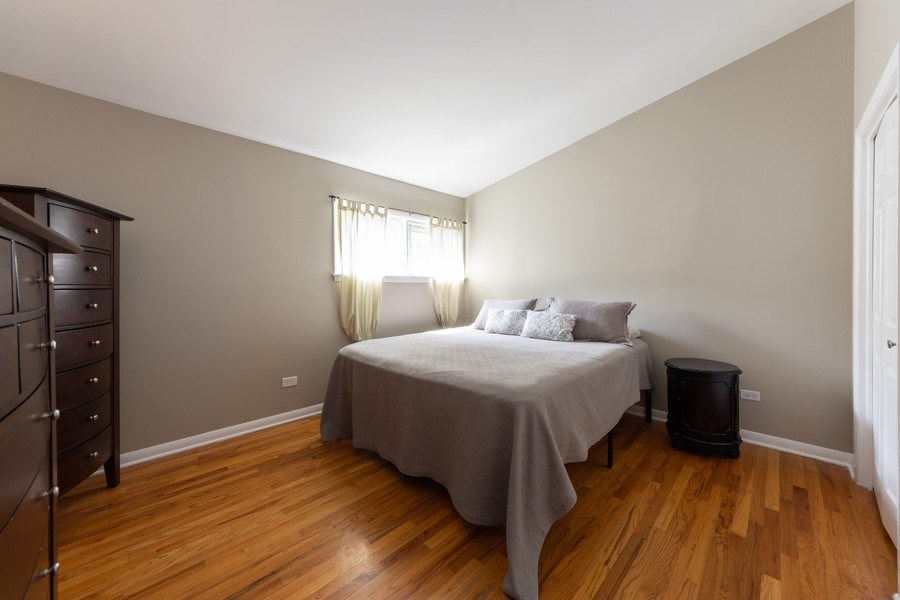 Real Estate Photography - 501 South Street, Barrington, IL, 60010 - Master Bedroom
