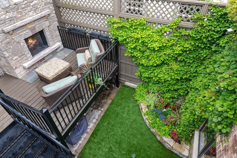 Real Estate Photography - 1822 W School St, Chicago, IL, 60657 - Back Yard