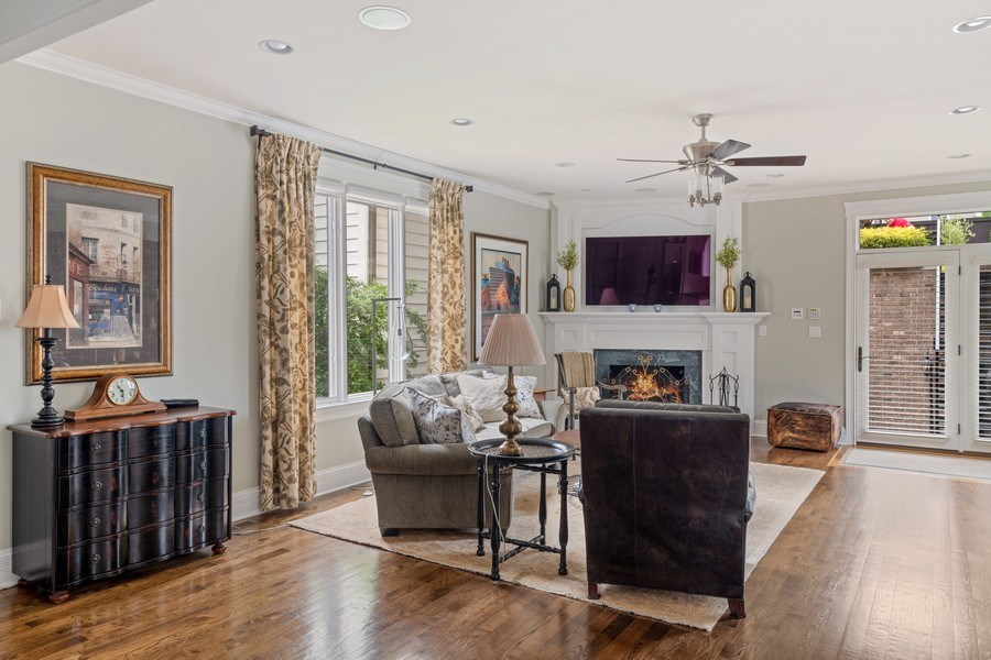 Real Estate Photography - 1822 W School St, Chicago, IL, 60657 - Family Room